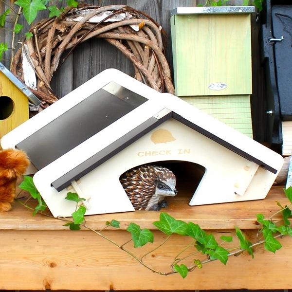 igelhaus selber bauen mit bauanleitung vogel und. Black Bedroom Furniture Sets. Home Design Ideas