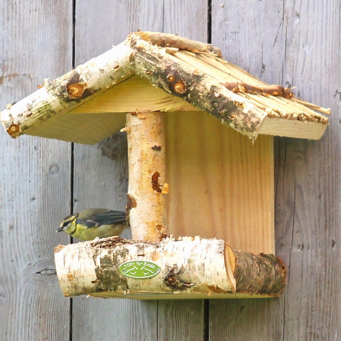vogelfutterhaus kaufen vogelfutterhaus vogelfutterhaus einebinsenweisheit vogel futterhaus. Black Bedroom Furniture Sets. Home Design Ideas
