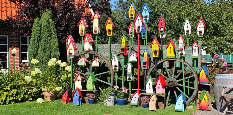 vogelvilla nistkasten vogelhaus insektenhotel und futterhaus zum bestpreis vogel und. Black Bedroom Furniture Sets. Home Design Ideas