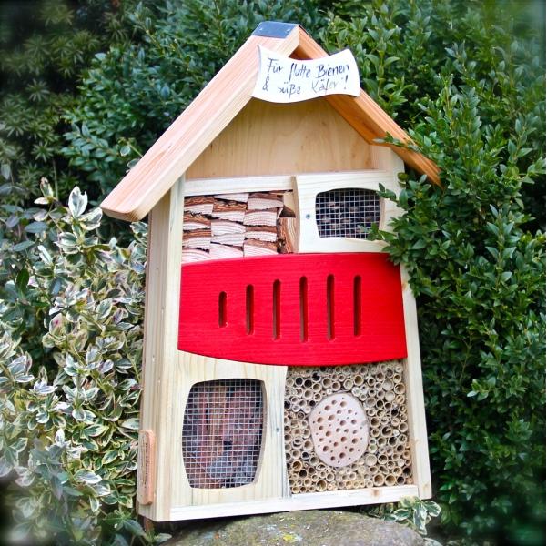 florfliegenkasten selber bauen mit bauanleitung vogel. Black Bedroom Furniture Sets. Home Design Ideas