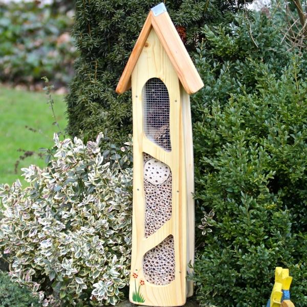 insektenhotel f r wildbienen vogel und. Black Bedroom Furniture Sets. Home Design Ideas