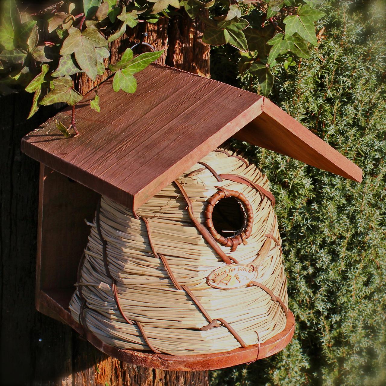 nistkasten bienenkorb nisth hle vogelhaus vogelh uschen. Black Bedroom Furniture Sets. Home Design Ideas